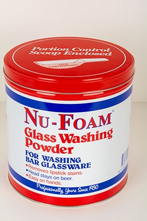 Glass washing powder for washing bar glass